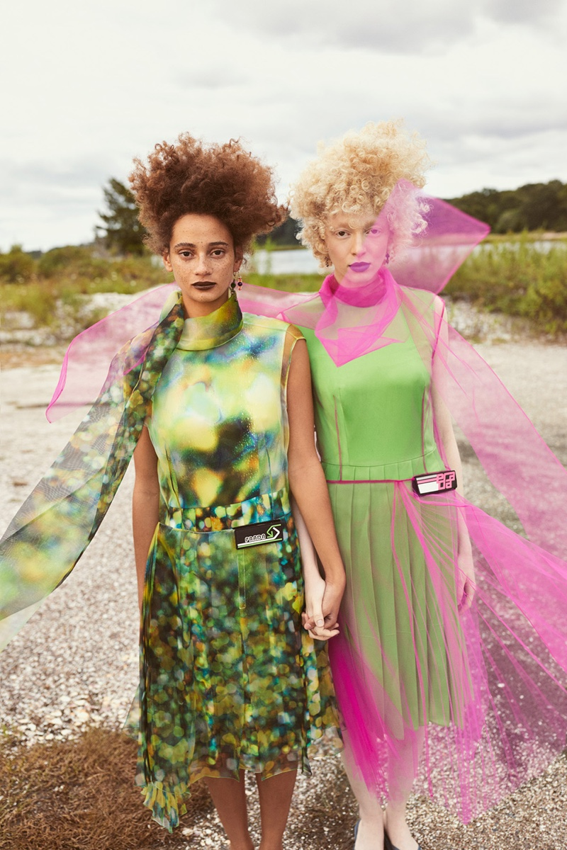 Thais Borges & Catriona Frean Are Two Of a Kind for Mojeh Magazine